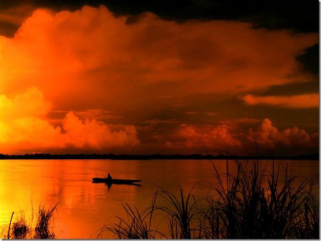 Des Navy Dolphins furent utilisés au Viêt-Nam. Ici, une vue sur le Mekong...