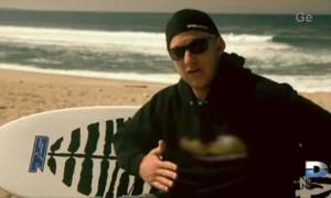 Todd Endriss, un surfeur sauvé de l'attaque d'un requin par des dauphins